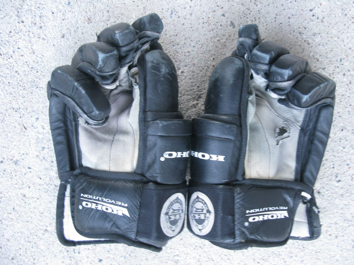 Teemu Ducks gloves